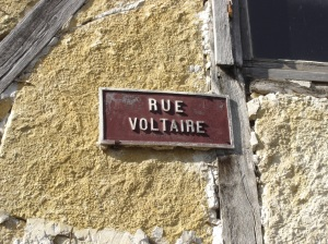 Essoyes - Rue Voltaire Sign