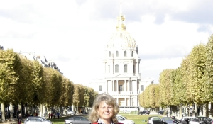 Paris - Renee with Napoleon's tomb