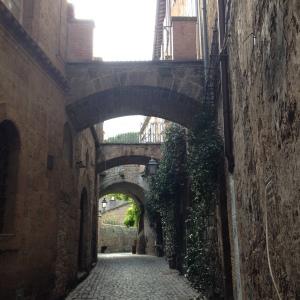 Orvieto - Street scene 2